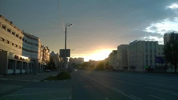 Утренняя Казань + попутчик Жуки, Утро, Фото, Природа, Безлюдно, Длиннопост