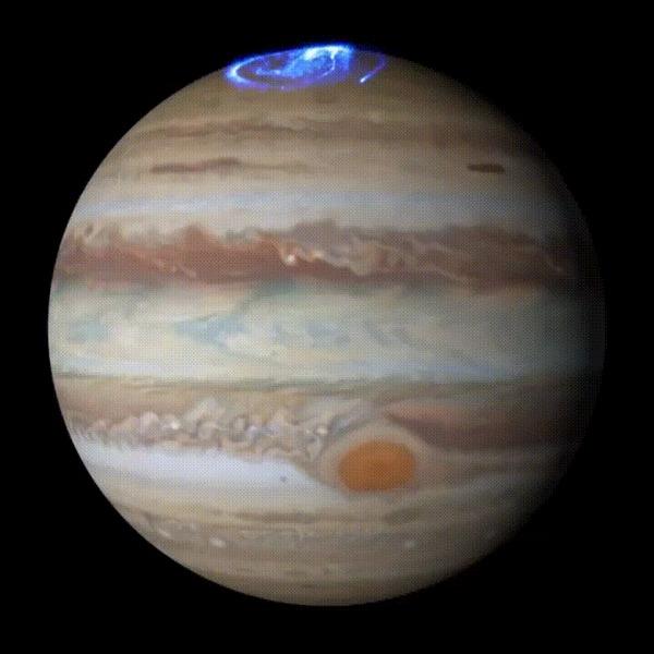 Полярное сияние на Юпитере Космос, Юпитер, Полярное сияние, Полюс, Гифка