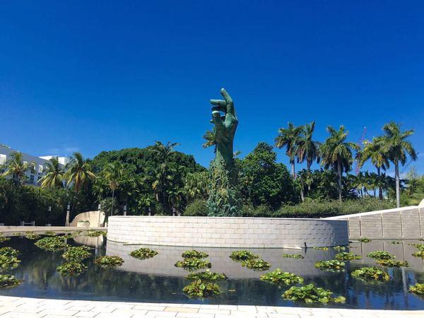 Музей холокоста в Майами и неудачное селфи Майами, Музей холокоста, Скульптура, Памятник, Fail, Селфи, Длиннопост