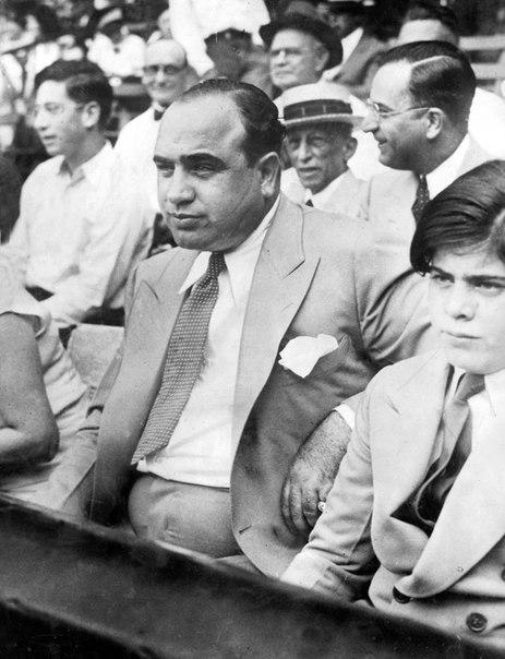 Альфонсо Габриэль Капоне. Мафия, Коза ностра, Аль Капоне, Длиннопост
