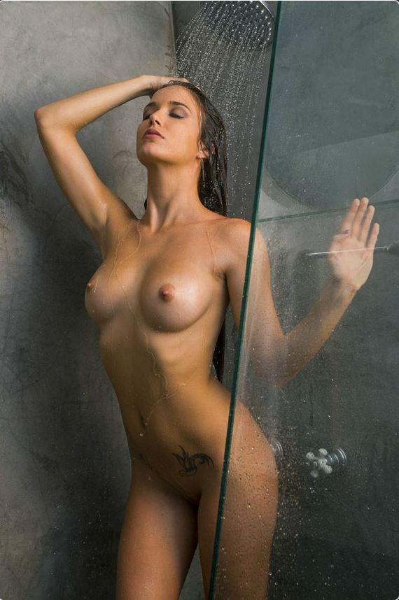 Моя голая девушка фото