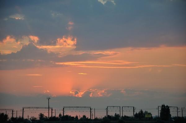 Немного радуги, солнца и туч Фото, Солнце, Радуга, Река, Баржа, Тучи, Nikon d90