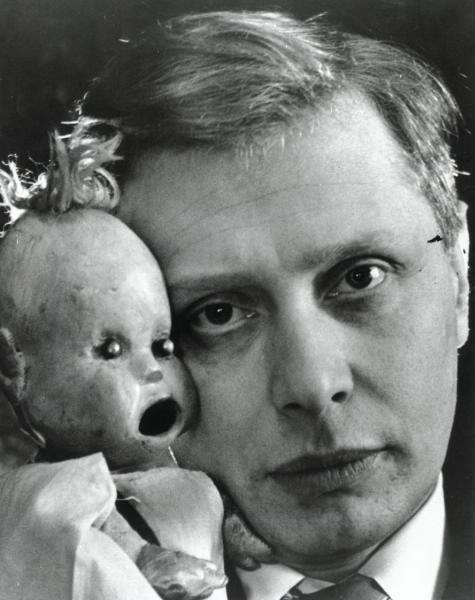 Сергей Образцов с куклой Тяпой, СССР, 1930–е.