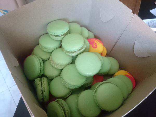 Коробка счастья в ленту! Macarons Macarons, Макароны, Макаруны, Вкусняшки, Санкт-Петербург