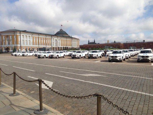 На Красной площади разместили автомобили для награждения олимпийских призёров олимпиада, Россия, bmw