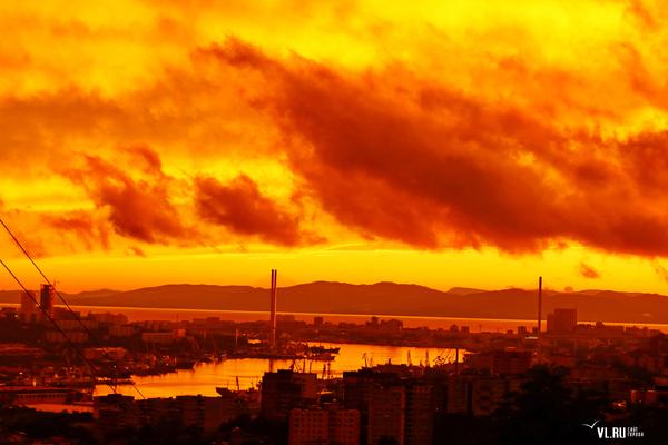 Огненный закат и радуга сегодня Радуга, Закат, Длиннопост