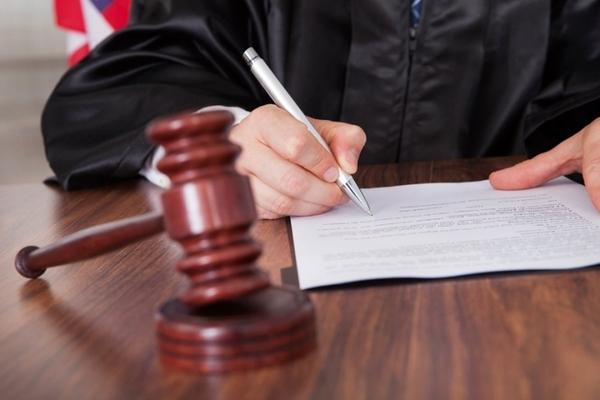 Суд отказал омским экс-чиновникам в восстановлении «золотых парашютов» Суд, Омск, Чиновники, Пенсия, Новости, Длиннопост