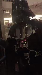 Классный косплей Дарта Вейдера