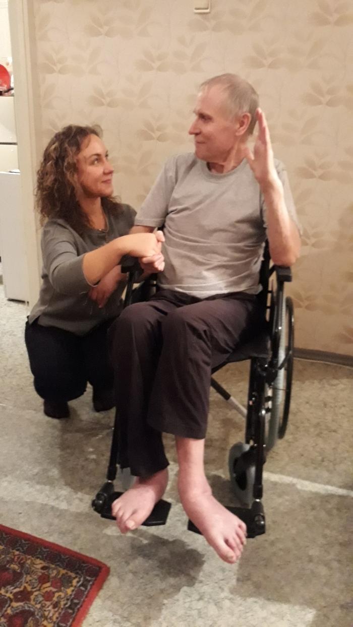 Инвалиду, который 10 лет не выходил на улицу и передвигался по квартире на стуле с колесиками, нашли коляску Инвалид, Челябинск, Благотворительность, Видео, Длиннопост