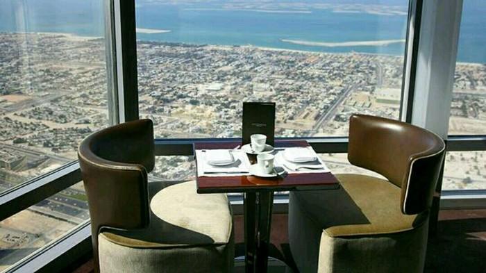 Ресторан в Дубае ввел штраф за недоеденные блюда. Ресторан, Еда, Дубай, ОАЭ, Штраф, Блюдо, Интересное, Новости