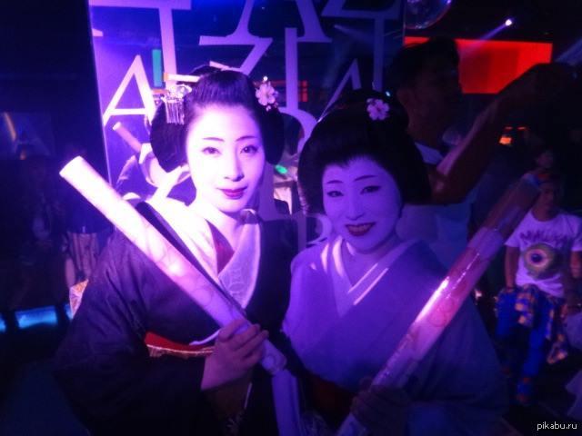 Японки ночные клубы работа бармен в ночном клубе москвы