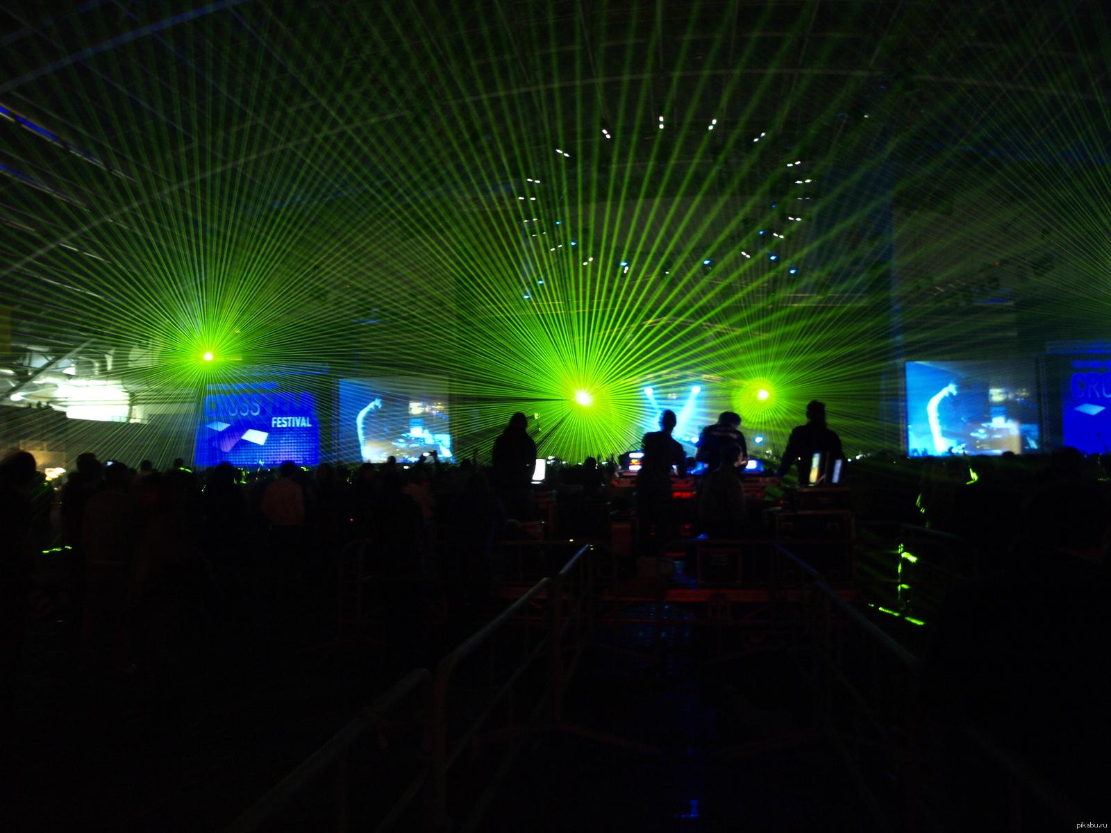платье прямого как фотографировать лазеры в клубе разрешено