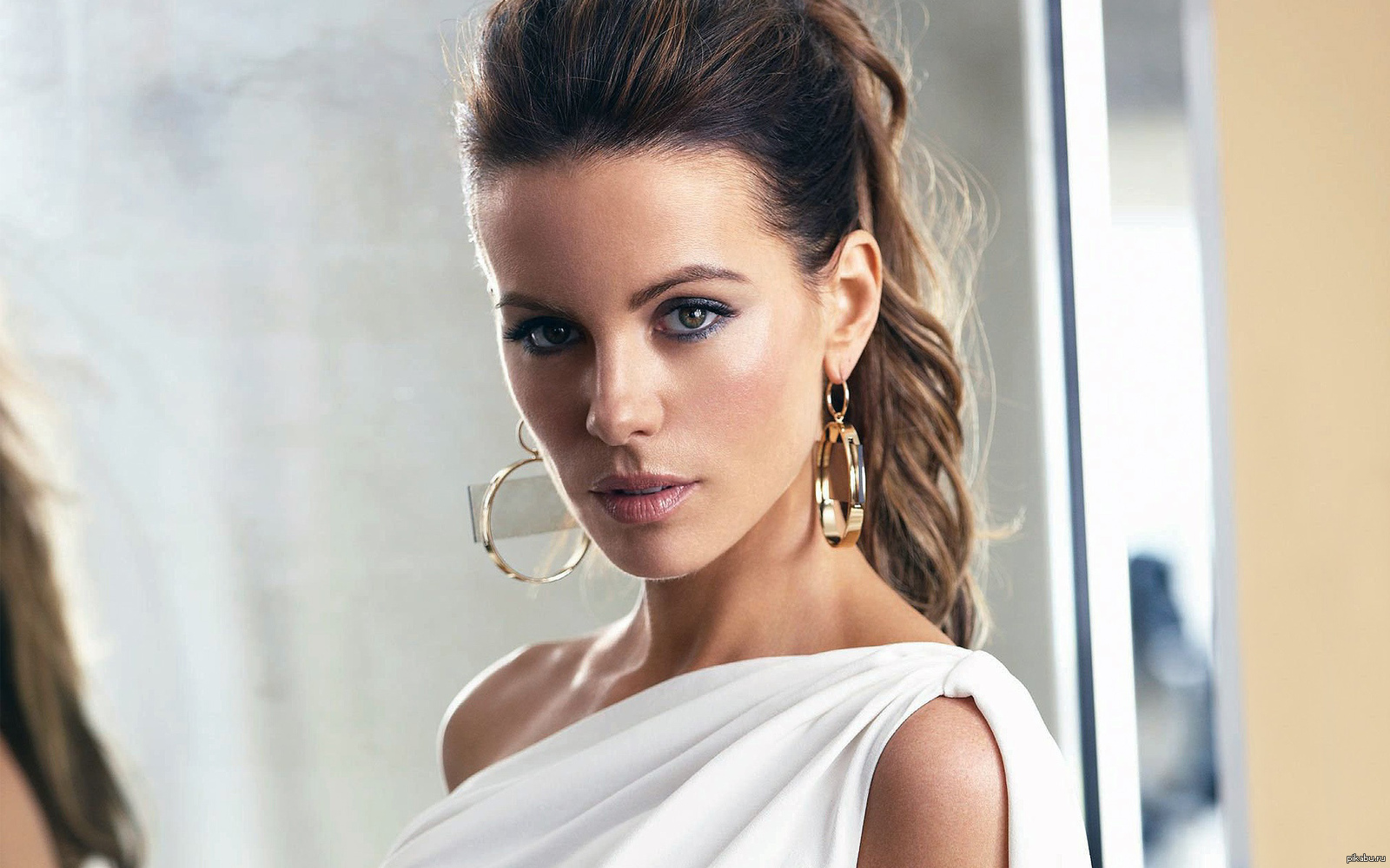 Kathrin Romary Beckinsale born 26 July 1973 is a British actress After some minor television roles she made her film debut in Much Ado About Nothing 1993 while