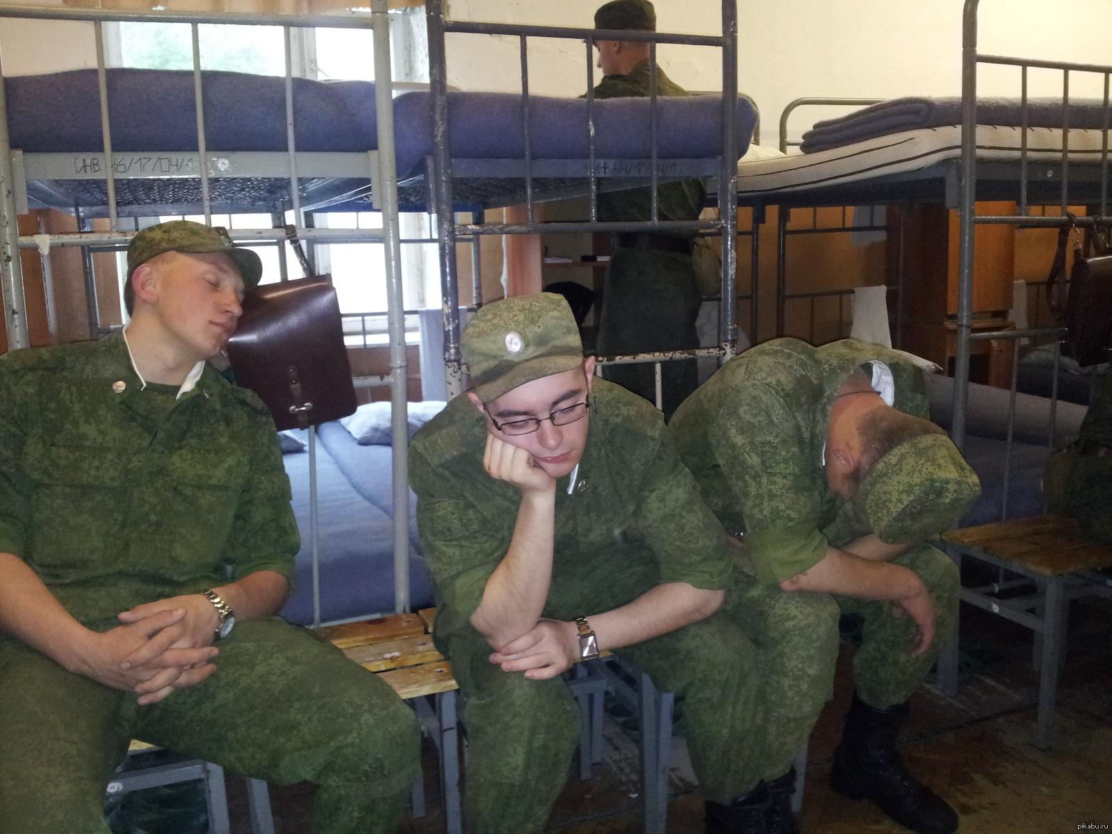 Картинка прикол в наряде армия, русские песни