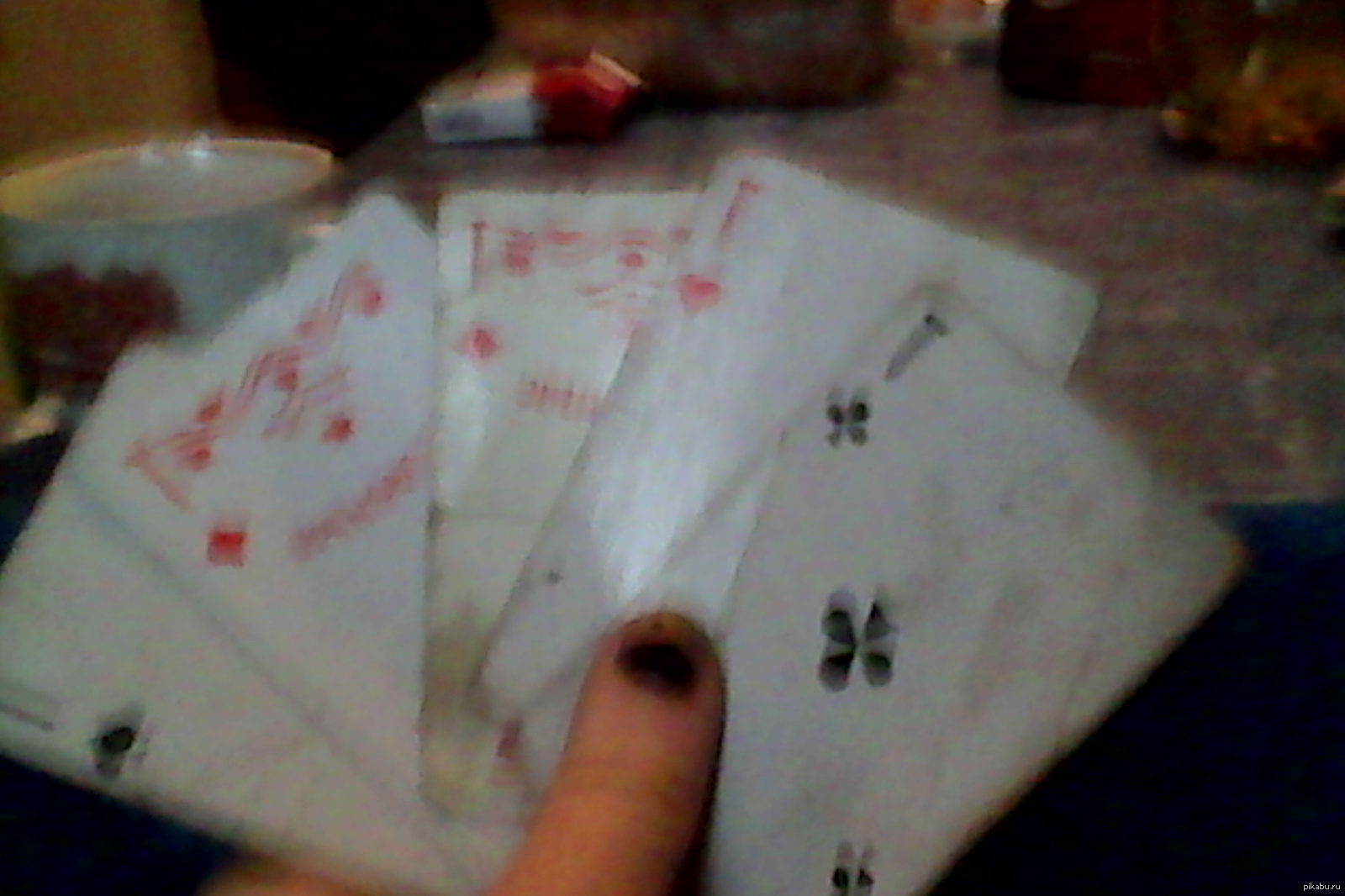 в карты играть просто