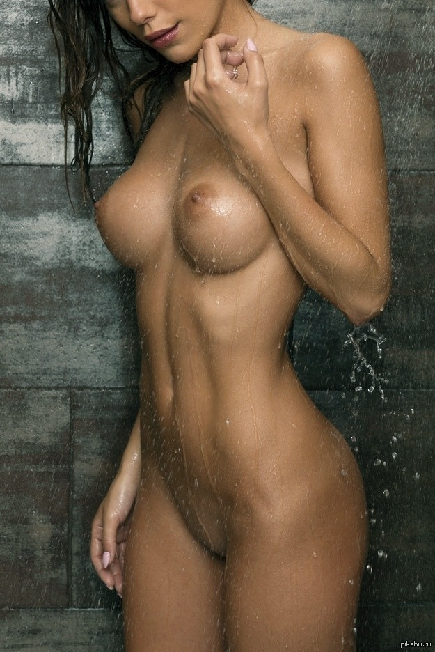 shower-babes-gallery