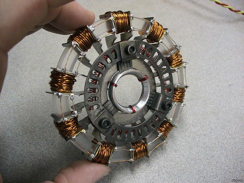 Как сделать железного человека реактор фото 40
