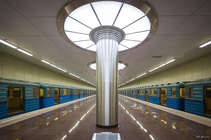 nefig-spat-v-metro-yaponets-magosaburo-yuki