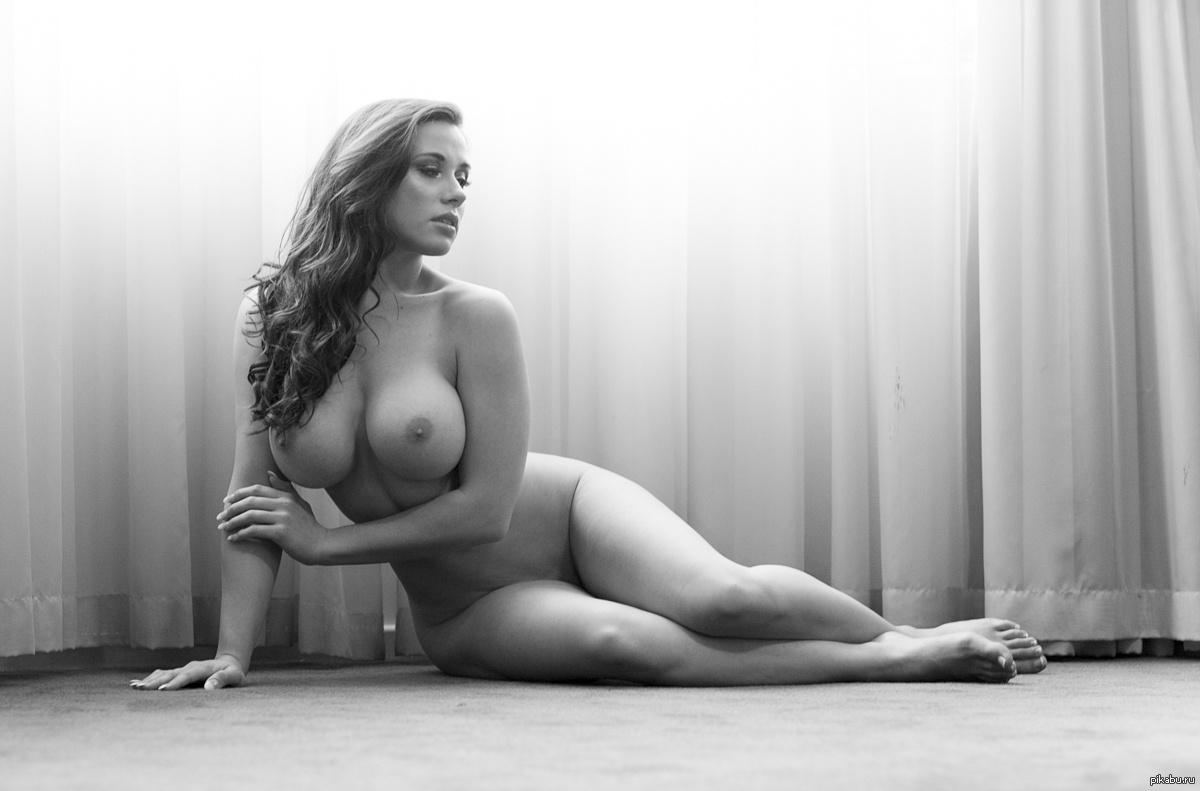 video-erotika-krasivie-pishnie-devushki