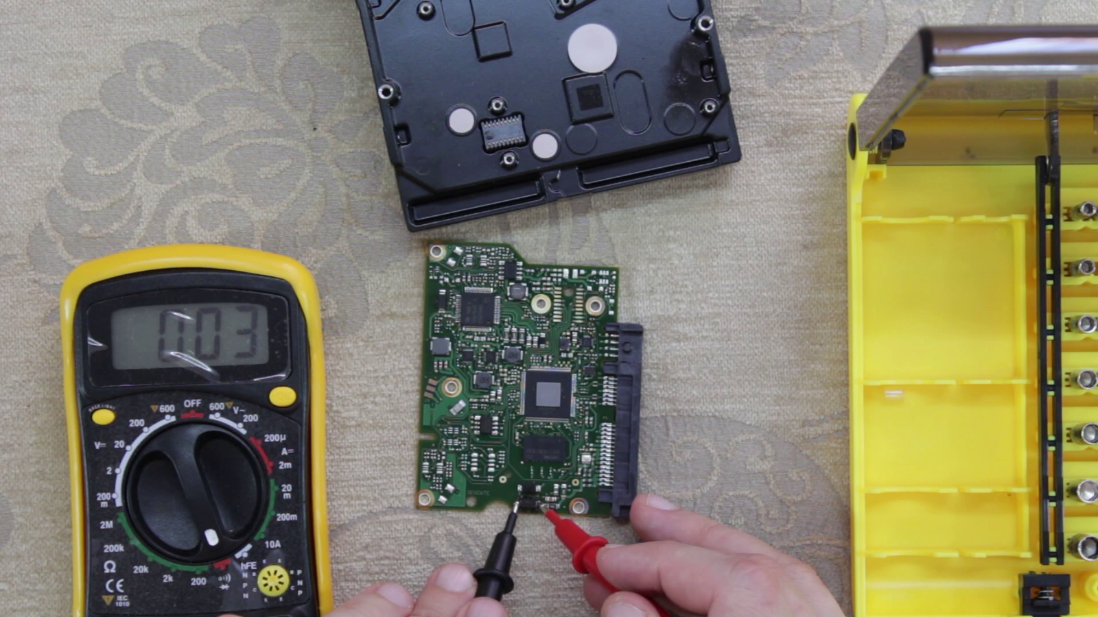 как правильно подключать электропитание от внешнего бп к мультиметру