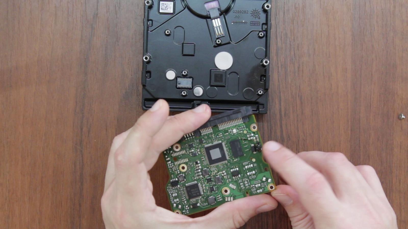 Ремонт жесткого диска на ноутбуке своими руками