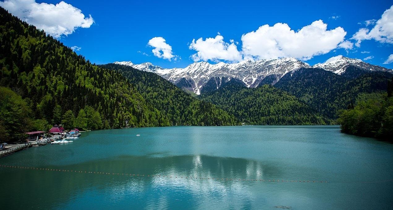 абхазия. озеро рица фото