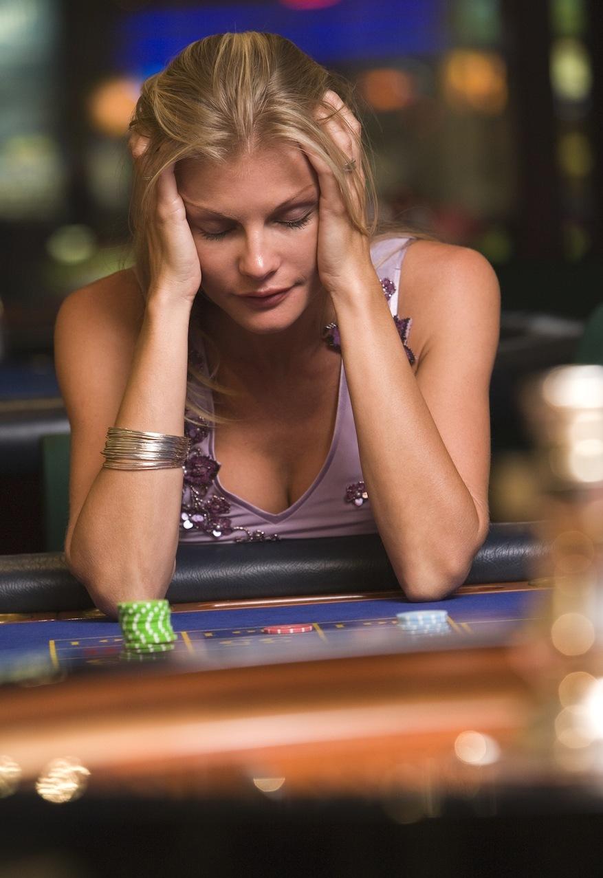 Проиграл девушку в казино с 10 при регистрации в казино