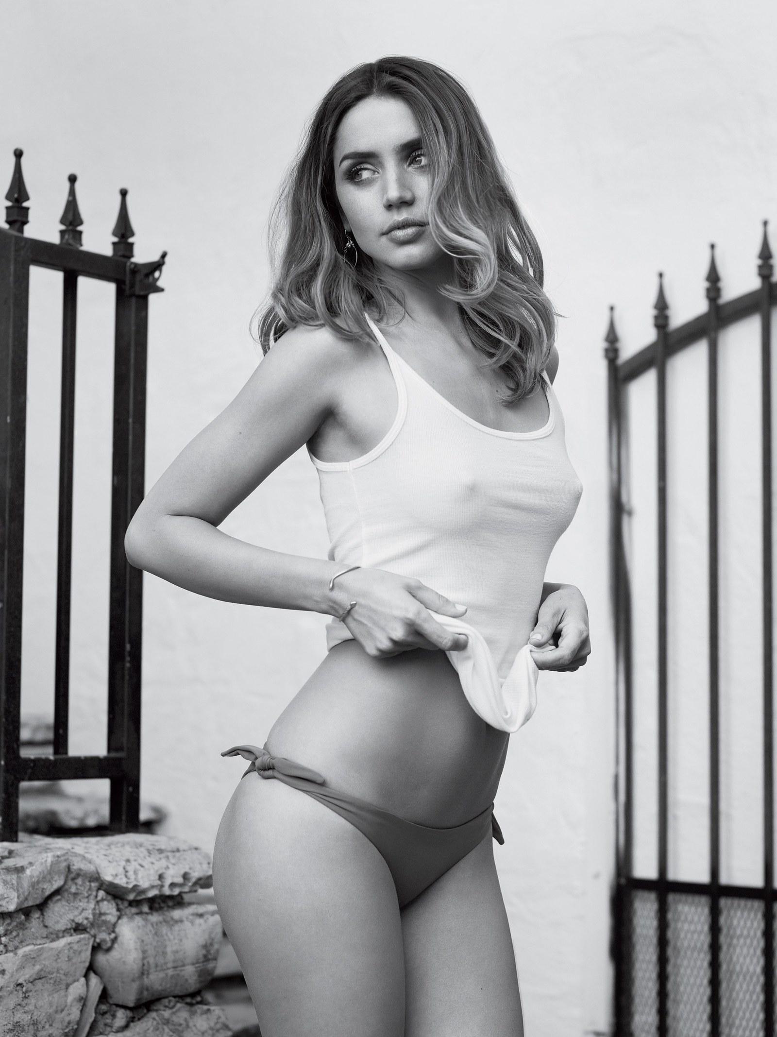 Erotica Ana de Armas nude photos 2019