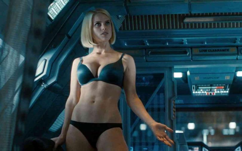 В космосе секс видео